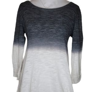 Gray to white ombre small language shirt k…